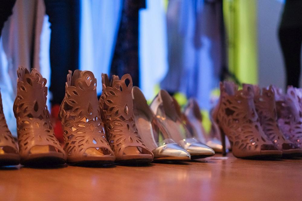 Buty przygotowane na pokaz MO.YA Fashion