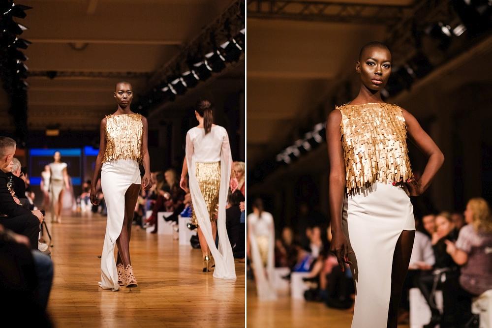 Czarnoskóa modelka Mame-Anta Wade w sukni MO.YA Fashion na pokazie w Berlin Fashion Week